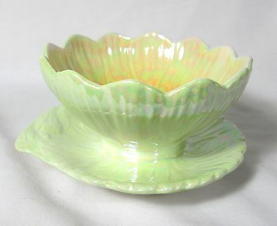 BEAUTIFUL ROYAL WINTON GREEN SUNDAE DISH WITH ATTACHED BASE