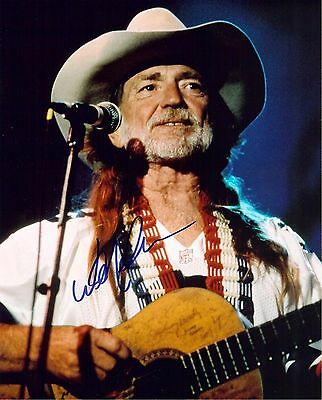 Signed Preprint WILLIE NELSON Autographed COUNTRY MUSIC Photo