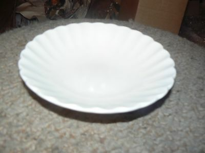 J&G Meakin fruit bowl (Classic White) 10 available