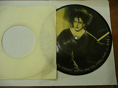 "ROBERT SMITH(THE CURE)""A RARE INTERVIEW Pt.2-disco 45 giri BAKTABAK UK""LIMITED"