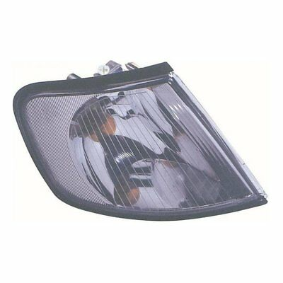 Audi A3 Mk.1 96-9/00 Right Hand O/S Clear Front Indicator