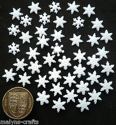 ITTY BITTY SNOW FLAKES Craft Buttons 1ST CLASS POST Winter Christmas DRESS IT UP