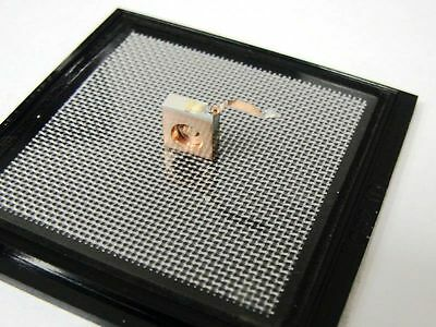 808nm 500mW C-Mount Laser Diode/CW Semiconductor Diode with FAC