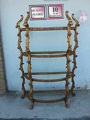 Divine Italian Venetian Rococo Style Gold Gilt Carved Wood Etagere