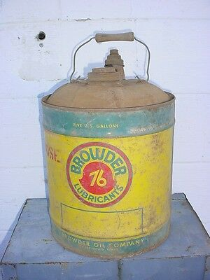 BROWDER 76    5 GALLON  MOTOR OIL CAN --- FORT WORTH TEXAS