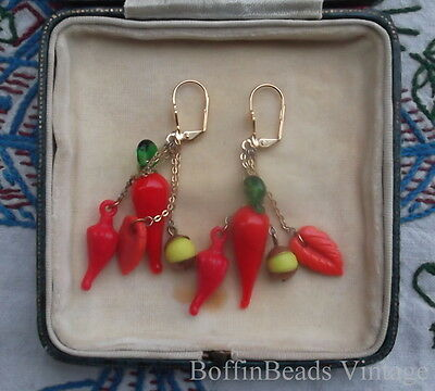 CHILLI PEPPER + LEAF TASSEL EARRINGS Cinco de Mayo parties Latino Mexico-lovers