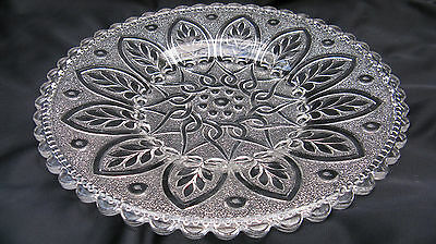 Antique Midwest Lacy Pattern Glass Arched Leaf 10 Inch Dinner Plate