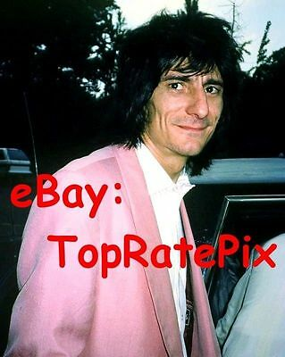 RONNIE WOOD - The Rolling Stones - Rare 8x10 Candid Photo