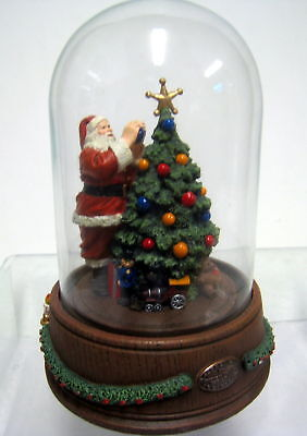 New Norman Rockwell Santa's Finishing Touch Santa Claus Figurine Figure Statue