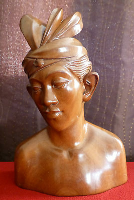 KLUNG KUNG BALI Carved Solid Wooden Bust Man - 9 Inches