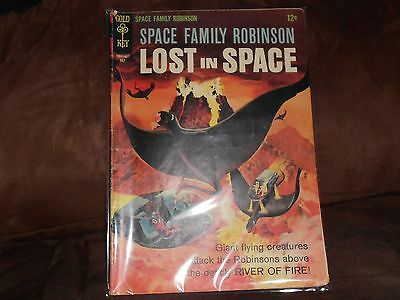 Vintage 1962 Space Family Robinson Lost In Space #17 Gold Key Comic