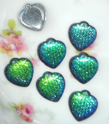 #674 Vintage Glass Hearts Pendant Vitrail Green Dangles Charms Heart Drops NOS