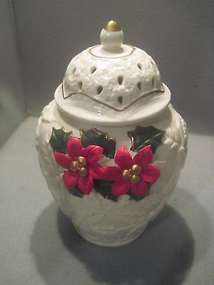 GINGER JAR DECORATED WITH POINSETTAS