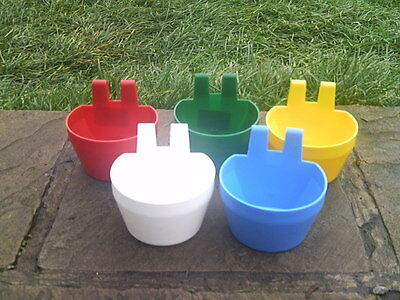 5 X GALLEY POT POULTRY AVAIRY FEEDER DRINKER COOP / D / CAGE CUP no blue