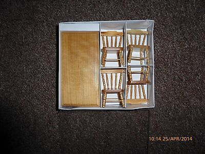 Dolls house miniature furniture Pine kitchen table and chairs