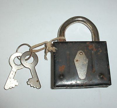 RARE VINTAGE SOVIET RUSSIAN DOUBLE COVERED IRON LOCK PADLOCK with KEY working