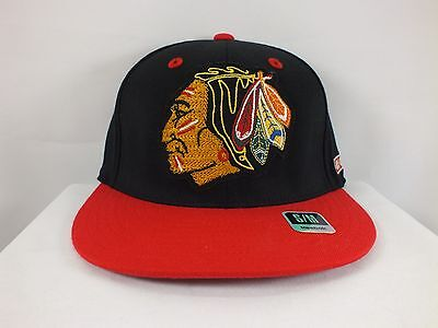 Chicago Blackhawks Nhl Adult Red/black  Flexfit S/m Cap Hat New By Reebok