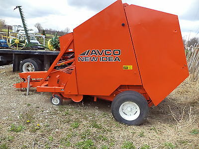 AVCO NEW IDEA 456 ROUND BALER used last season good!
