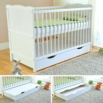 NEW WHITE CLASSIC SOLID WOOD BABY COT & DELUXE FOAM MATTRESS - 2 Colours