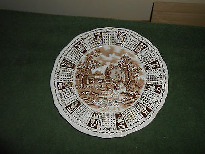 "9"" ALFRED MEAKIN BROWN ZODIAC/CALENDAR PLATE 1972 GOD BLESS OUR HOUSE/COUNTRY"