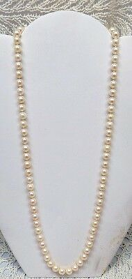 CULTURED PEARL BEAUTIFUL NECKLACE IN WHITE WITH A CLASP MADE OF 14K GOLD