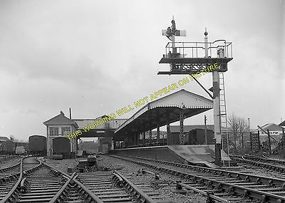 Frome Railway Station Photo. Witham to Westbury and Radstock Lines. GWR. (7)