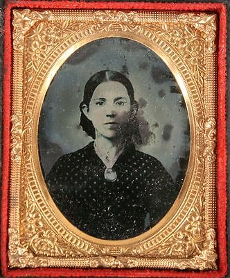 Ambrotype Portrait Young Woman. 1/9 Plate Ruby, Full Case.