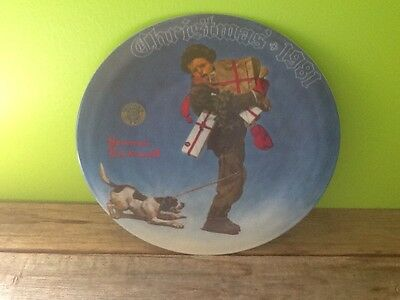 Norman Rockwell Wrapped Up In Christmas 1981 Collector Plate With Papers And Box