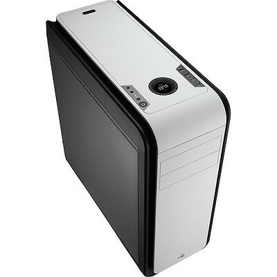 Aerocool DS 200 Black/White Gaming Case Noise Dampening 2 x USB3 7 Colour LCD