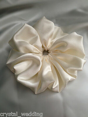 Satin bouquet collar frill