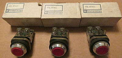 NEW NOS LOT OF 3 Telemecanique XB2-M Red Push Button Switch XB2-MA401 600VAC Max