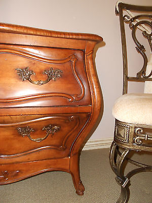 Beautiful Large Bombey Chest Side Table French Ornate Made By Century