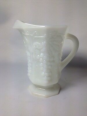 Anchor Hocking White Milk Glass Pitcher Signed Circa 1939-50 Fast Shipping