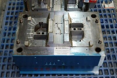 Injection Mold compartment beverage holder