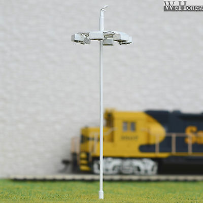 4 pcs OO or HO scale Model Lamp SMD LEDs made Plaza Lamppost Street Light layout