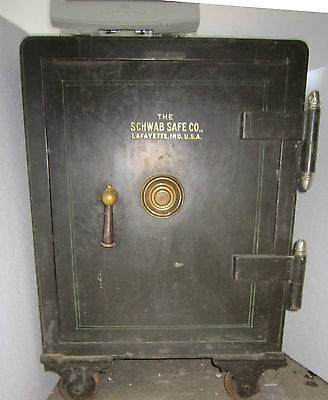 Nice Yale 4 number Floor Safe with accessories Working well  upright