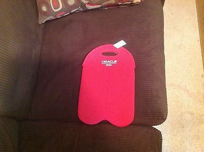 Built Ny  Two 2-litre Bottle Tote, 2B-FM101,  red w Oracle Retail stamped