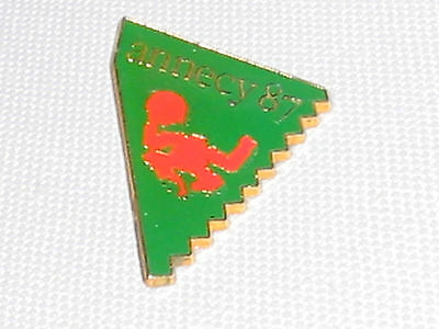 ANNECY FRANCE 87 CLUTCH LAPEL HAT BAG PIN BUTTON EVENT UNKNOWN MADE IN PARIS
