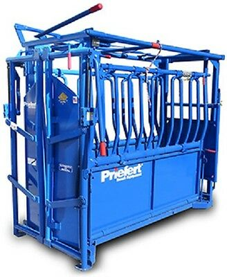 "Priefert S0191 ""Rancher"" Cattle Squeeze Chute"