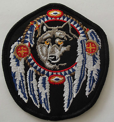 Dreamcatcher Indian Wolf embroidered cloth patch.    A021204