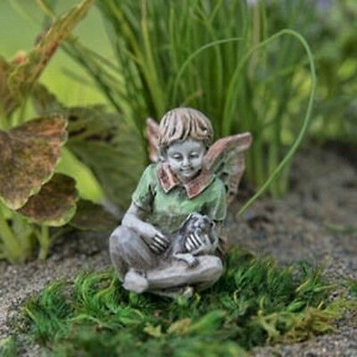 Miniature Dollhouse FAIRY GARDEN - Patrick - Accessories