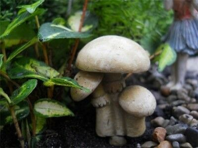 Miniature Dollhouse FAIRY GARDEN - Mushroom Trio - Accessories