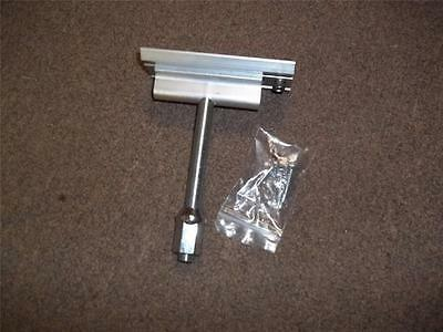 load locker enclosed trailer spare tire mount. aluminum ready to go TMB0