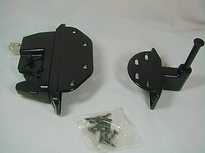 Self Latching Gate Lock With Key Great for Pool Areas NEW