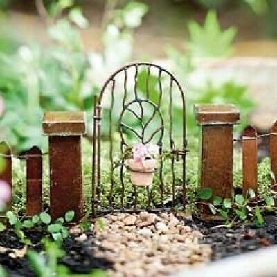 Miniature Dollhouse FAIRY GARDEN - Vine Gate With Clay Pot - Accessories