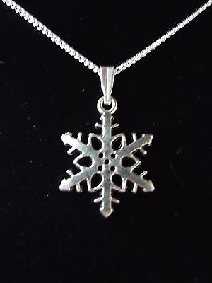 Pretty Snowflake Christmas Necklace.sterling Silver Option & A Gift Box Or Pouch