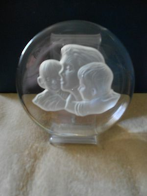 LOVELY MOTHER & CHILDREN CRYSTAL SCULPTURE, with STAND