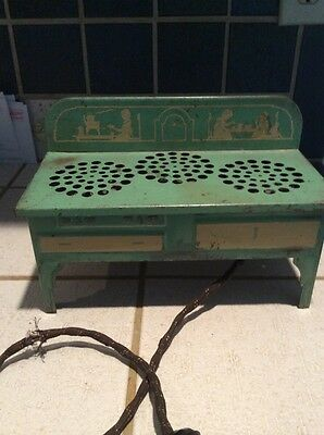 RARE 1930s Metal Child's Toy Electric Stove by Metal Ware Corp Working Condition