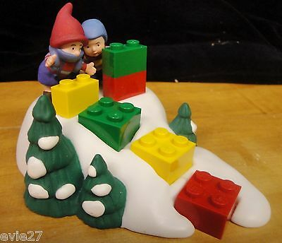 DEPT 56 NORTH POLE LEGO LITTLE BUILDERS, NEW, #56810