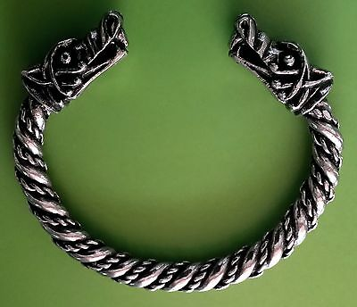 Viking Wolf Head Solid Hand Crafted Silver Pewter Bracelet